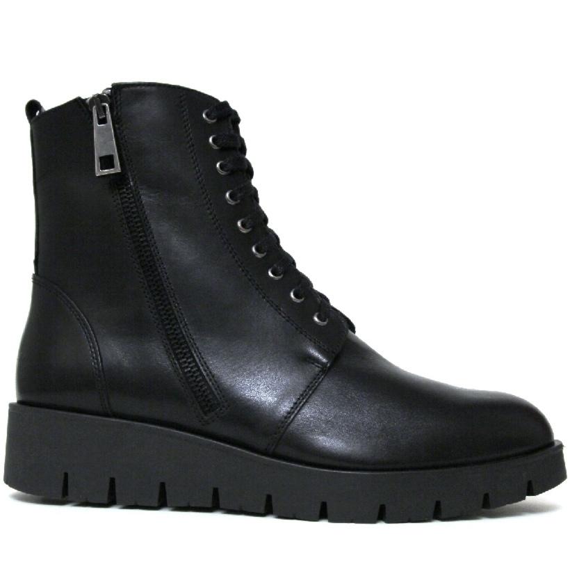 Женские чёрные ботинки танкетка кожа